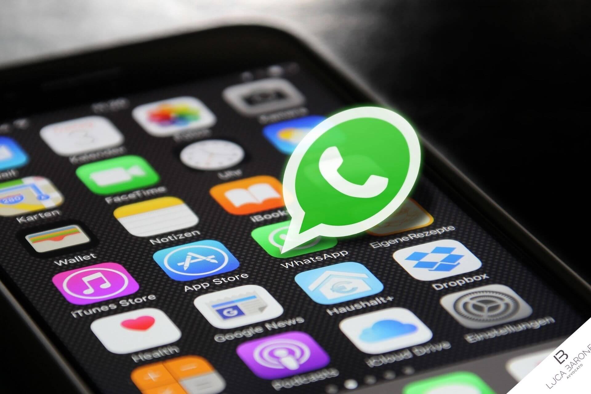 Segnalazione CRIF con Whatsapp